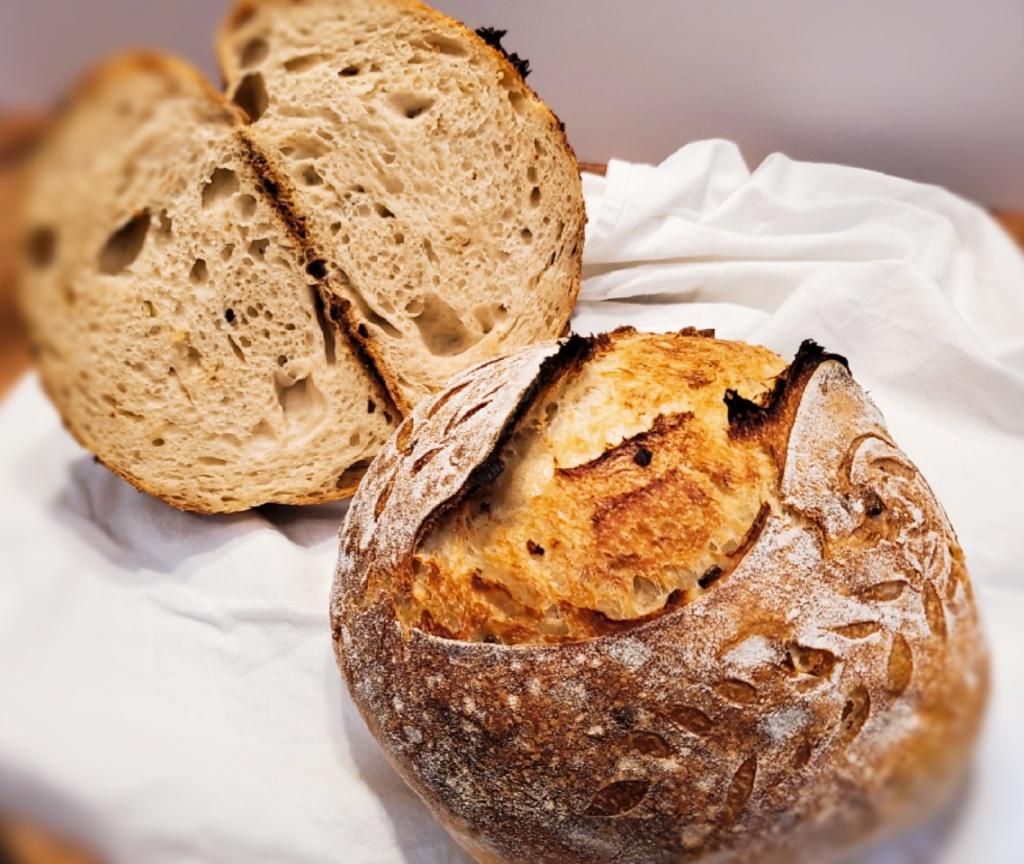 Caramelized onion sourdough loaf